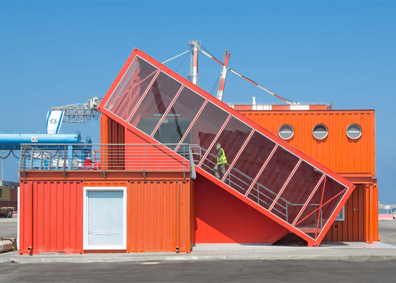 shipping-container-staircase1